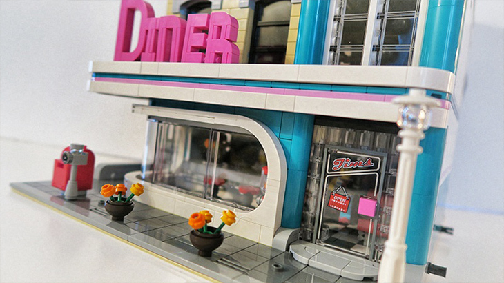 Review Lego Creator Downtown Diner 10260 Toysworld